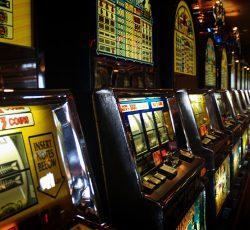 เกมส์สล็อต pantip เล่นสล็อตได้เงินจริงผ่านเว็บไซต์คาสิโนออนไลน์มือถือ